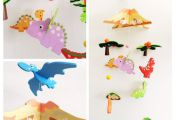 This wooden mobile is a colourful accessory for children´s rooms. The different...