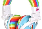 My Little Pony Headphones it a great idea I don't wear head phones like that...