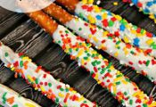 "Rainbow Dash's ""Magic Wands"" Chocolate-Dipped Pretzel Rods for a My Little P..."