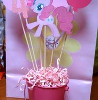 my little pony centerpieces ideas | Quick and easy centerpiece for a my little p...