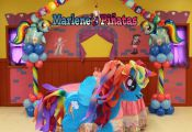 Complete your My Little Pony Birthday Party. with this piñata...! Hablo españo...
