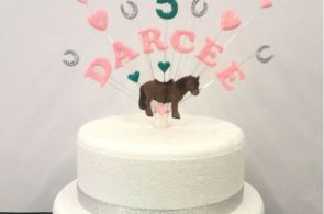 Horse any Name Age Colour horse shoe My Little Pony Birthday Cake Topper