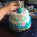 Free Frozen Printables & Frozen Party Ideas plus Elsa Dress for Babies   Things ...