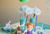 """""""Frozen"""" Waffle Party with FREE printables on www.strawberrymom... #FROZENfun #c..."""